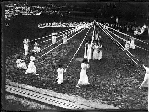 May pole dance at Miami University May Day celebration 1914