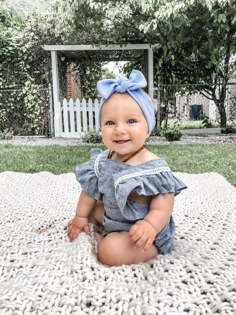 Excited to share this item from my shop: Carolina Blue Textured: Top Knot Headband - baby headband, light blue, pale blue textured Cute Baby Pictures, Cute Babies Pics, Blue Texture, Baby Girl Fashion, Babies Fashion, Knot Headband, Carolina Blue, Cute Baby Clothes, Top Knot
