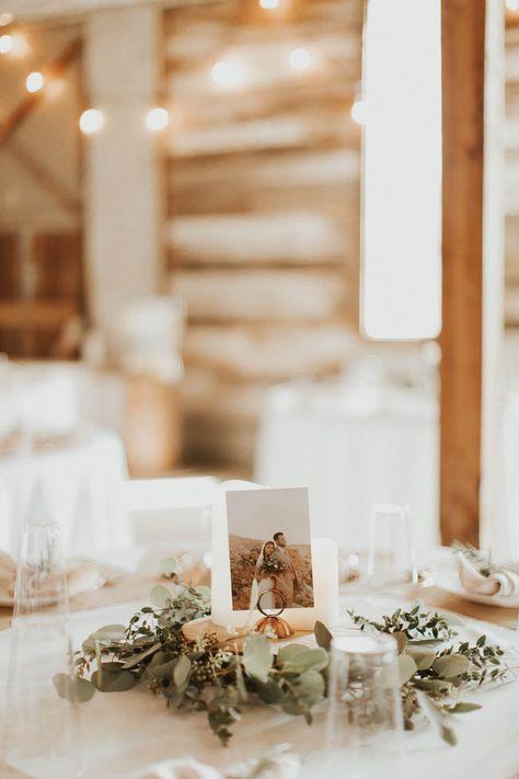Photo: @haleyadellphoto // Floral: @florals_by_kels // Dress: @somethingborrowedbridals // Venue: @hideawayonangel // Ring: @Oliveavejewelry  #greenerybouquet #utahflorist #utahweddingflorist #florist #waxflower #waxflowerbouquet #bridals #bridalshoot #utahwedding #lacedress #weddingbouquet #weddingbridalpictures #utahweddingbouquet #centerpieces #greenery #greenerygarland #greenerycenterpiece #whiteandgreenbouquet