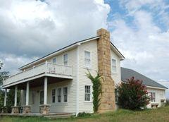 Stockton Mo House Rental Sleeps 20 Small Towns Usa Places To Rent Lake Fun