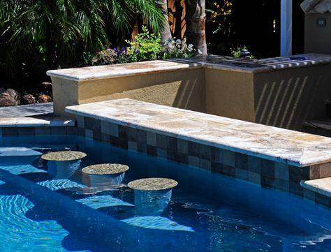 20 swimming pool designs with bars, Gartenarbeit ideen