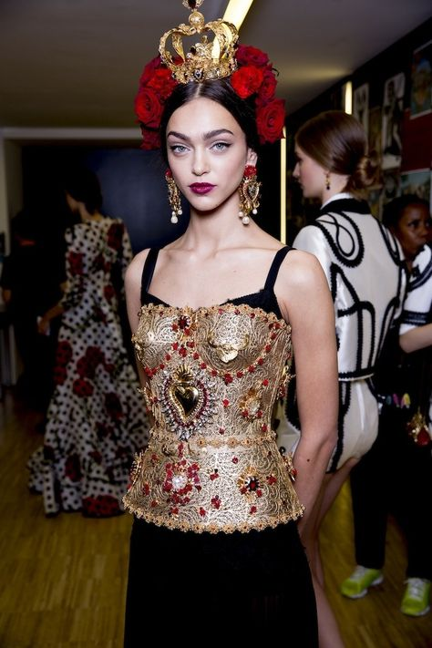 A look backstage at the Dolce & Gabbana spring 2015 collection.