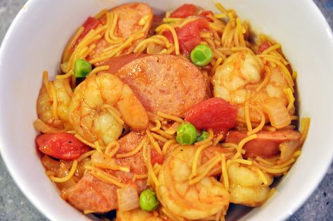 What's for Dinner, Sully?: What's for Dinner? Spanish Fideuà (aka Noodle Paella)!
