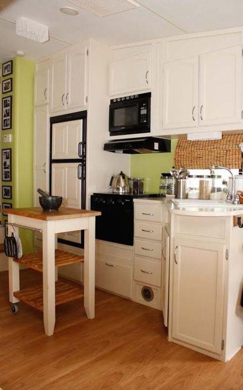 Couple Renovate 5th Wheel Travel Trailer into Tiny Home Photo