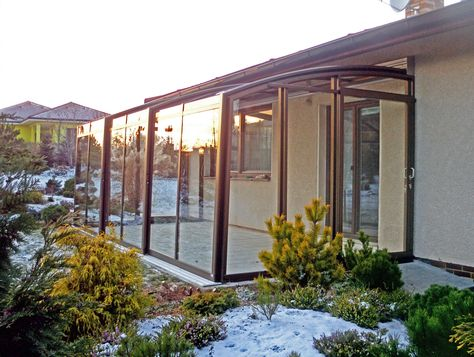 Patio cover CORSO - this cover is retractable, you can open and