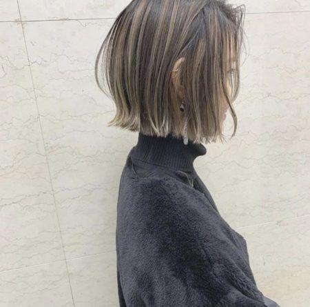 ボブ 髪の量が多い人におすすめヘアスタイル 髪型50選 ブラントカット ヘアスタイル ボブヘア