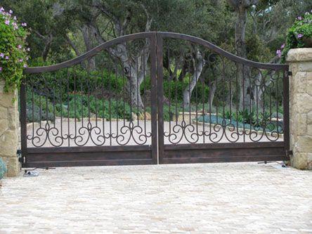 Best 25 Metal driveway gates ideas on Pinterest Wrought iron
