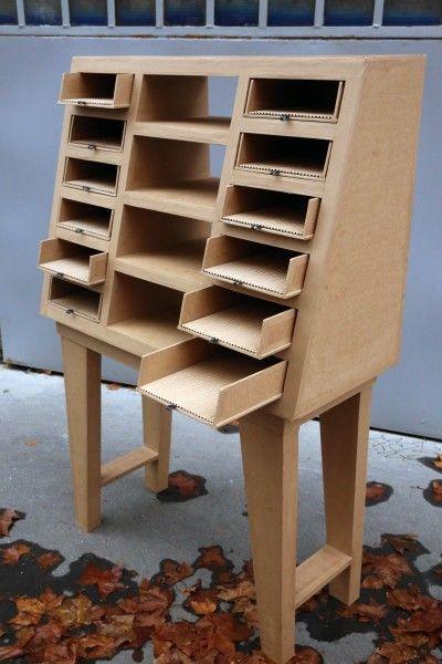 Mme Moi Atelier Crations De Meubles En Carton Cardboard Furniture Cardboard Furniture Cardboard Boxes In 2020 Cardboard Furniture Cardboard Design Cardboard Storage