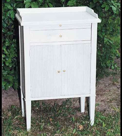 The Swedish Chair Gustavian Bedside Table With Images Swedish