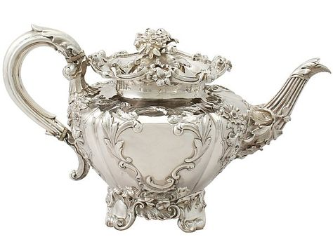 'Victorian Silver Teapot' An exceptional, fine and impressive antique Victorian English sterling silver teapot.