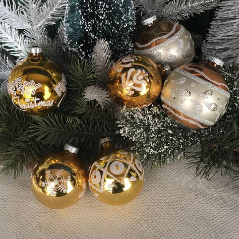 vintage christmas 1940s christmas gold set6 christmas