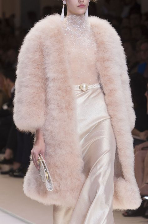 Giorgio Armani Privé Haute Couture Autumn 2013 ♔Life, likes and style of Creole-Belle ♥