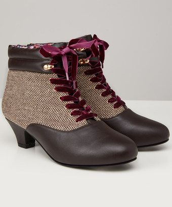 Full Of Charm These Tweedy Boots Feature A Touch Of Velvet And A Padded Ankle For Comfort Great For Putting A Heritage Spi Boots Women Shoes Boot Shoes Women
