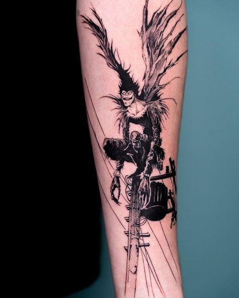 Oozy is a South Korean tattoo artist. He usually makes Blackwork tattoos. Dope Tattoos, Tattoos Anime, Manga Tattoo, Naruto Tattoo, Creepy Tattoos, Tattoos Skull, Unique Tattoos, Body Art Tattoos, Small Tattoos