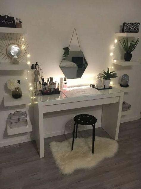 40 Cute and girly bedroom decorating ideas for girl #cuteroomideas #cuteroom #roomideas » tendollar…