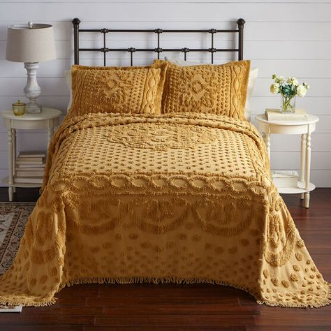 Our traditional bedspread combines an elegant retro look with a modern feel. This piece's refined look is accentuated by its stroke-ably soft Yellow Bedspread, Yellow Bedding, Chenille Bedspread, Vintage Bedspread, Colorful Bedding, Boho Comforters, Boho Bedding, Georgia, Teen Girl Bedding