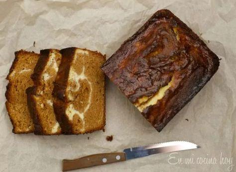 Dulce de leche and cream cheese pound cake. Queque de #manjar y queso crema. #dulcedeleche @enmicocinahoy