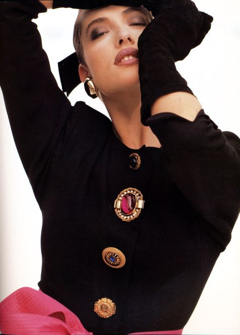 Gianfranco Ferre A/W 1987 Photographer : Herb Ritts Model : Tatjana Patitz. Mismatched BIG buttons were all the rage!