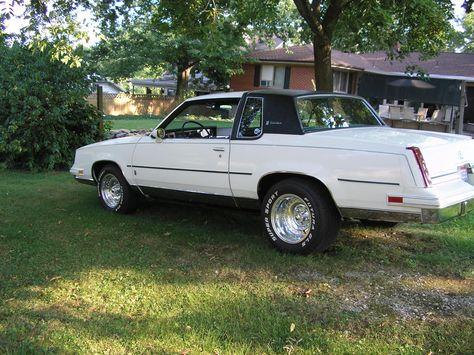 Polarbearjams S 1986 Oldsmobile Cutlass Supreme In Lewisburg Oh Oldsmobile Cutlass Supreme Oldsmobile Cutlass Oldsmobile