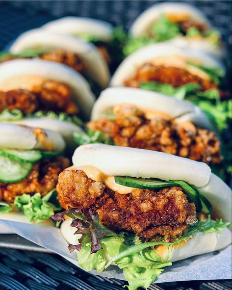 Asian Street Food, Chinese Street Food, Chicken Spices, Fried Chicken, Chicken Recipes, Digestion Difficile, Gua Bao, Asian Recipes, Healthy Recipes