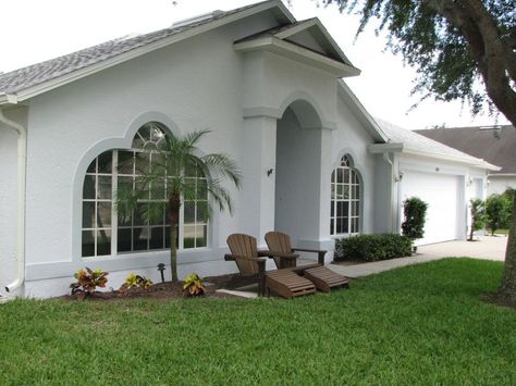 Painting Stucco House