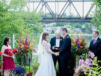 The Canal Seattle Weddings Washington State Wedding Venues 98109