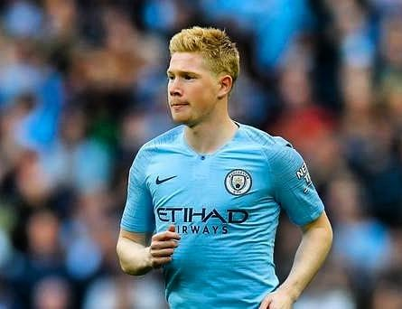 Manchester City Confirm Kevin De Bruyne Will Miss Today S Match Against Dinamo Zagreb With A Groin Injury Kevin De Bruyne How To Run Longer Pep Guardiola