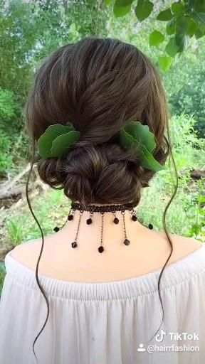 Hairstyle Tutorial 051 Follow For More Daily Updates Hair Styles Hair Tutorial Natural Hair Styles
