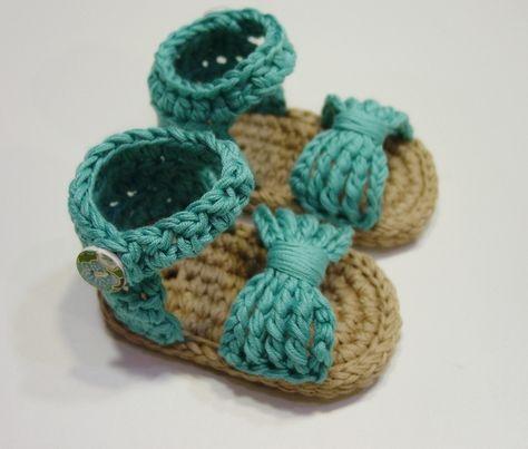 Sandalias de bebé a crochet