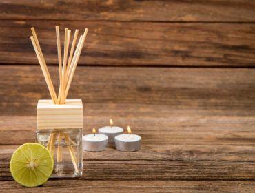 Comment Faire Un Parfum D Ambiance Maison Recette Parfum D Ambiance Recettes De Parfum Parfum Fait Maison