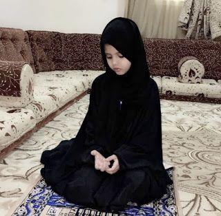 وفاة نجمة السناب شات الطفلة السعودية دانة القحطاني Girl Stars Fashion