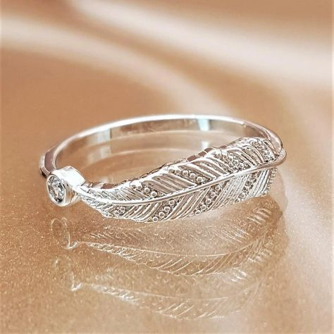 Feather of Hope Ring - Sterling Silver - Linda's Stars
