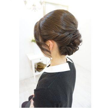 40代女子に人気の結婚式服装 上品なお呼ばれドレスコーデ37選 Ikina イキナ 結婚式 髪型 アップヘアの髪型 ヘアスタイル アップ