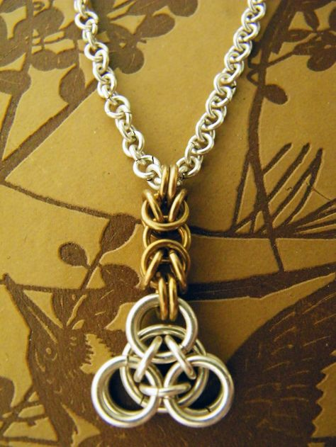 Silver Pyramid Chain Necklace