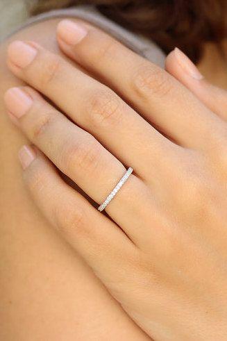 2 0 Mm 3 4 Weg Ewigkeit F Vs2 0 56 Ct Micro Pave Diamant Ehering 14 Karat Weissg Pave Diamond Wedding Ring Wedding Ring 14k White Gold Diamond Anniversary Rings