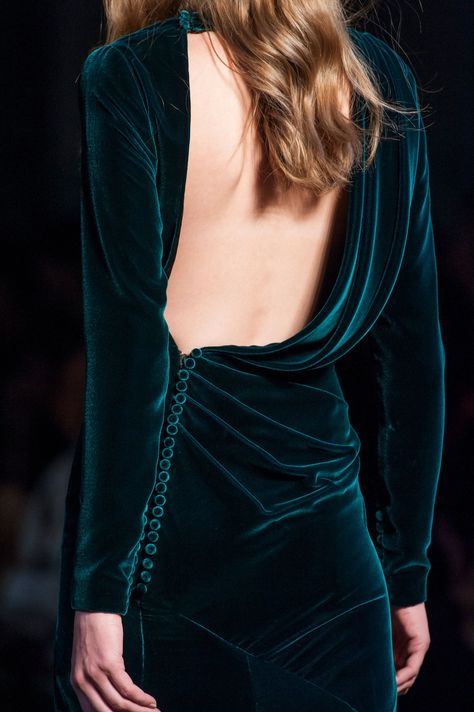 Ralph & Russo at Couture Fall 2015 (Details). Fashion details of clothes…