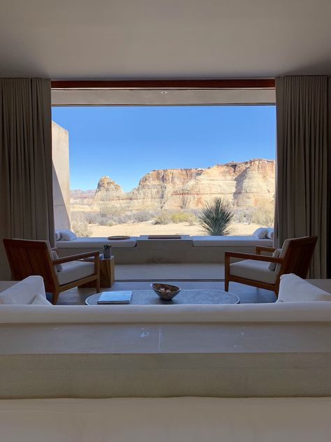 Amangiri + Antelope Canyon - What's Gaby Cooking Dream Home Design, My Dream Home, Home Interior Design, Interior Architecture, Interior And Exterior, Modern House Design, Style At Home, Aesthetic Rooms, Nature Aesthetic