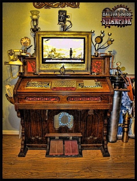 Head back in time to the wild, wild West and piss off your wife at the same time with this steampunk antique pump organ computer extreme case mod; it will only cost you $3000. Etsy shop owner David Lee made this amazing piece, named vaguely after his iMac and will fashion one for you, too – computer and shipping not included.