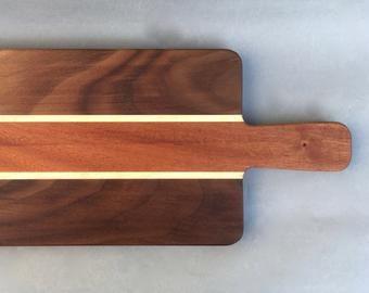 Articles Similaires A Planche A Decouper Chevron Issus De Bois Exotiques Dur Sur Etsy Plancher Planche A Decouper Bois