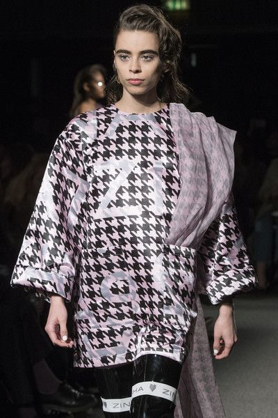 Natasha Zinko, Fall 2018 - The Most Colorful Runway Details From London Fashion Week, Fall 2018 - Photos