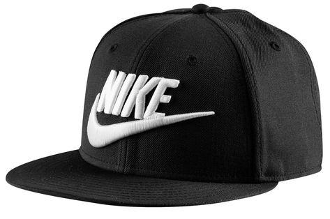 996931d77fc75 Boné aba reta modelo snapback da Nike. Veja os outros modelos de bonés  masculinos no blog Marco da Moda