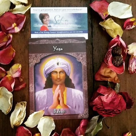 Today's #Intuitive #Oracle card reading is Yoga.  Enjoy moving your body, meditating, enaging in chakra work or other spiritual traditions today and over the weekend to stay balanced, mindbodyandspirit.  Blessings Sofia Wren   #dailycard #dailypull #tarotreading #ascendedmastersoraclecards #oraclereading #cardoftheday #akashicrecords #yoga
