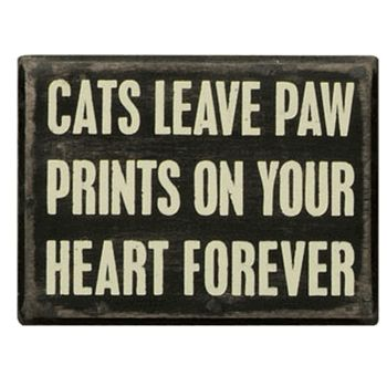 This is true! Our cat passed away recently..Good Bye Thomas...