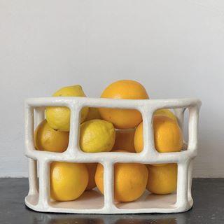 Epingle Par Julia Grajciarova Sur Keramika En 2020 Ceramique Vaisselle En Ceramique Design En Ceramique