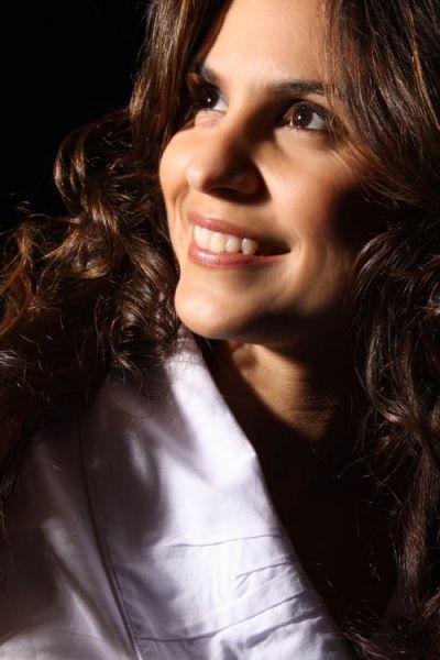 Aline Barros Com Imagens Cantora Evangelica Cantores Baixar