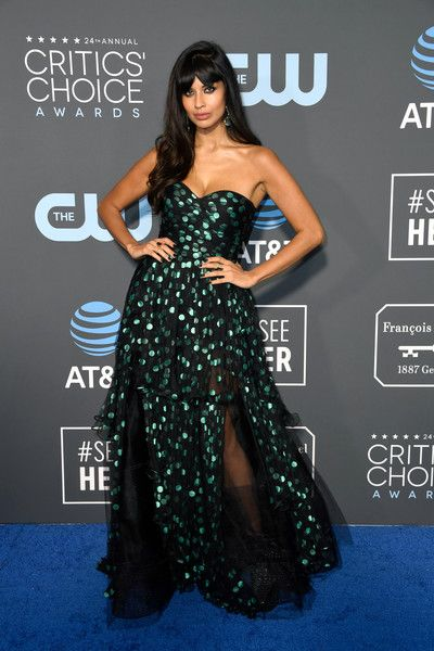Jameela Jamil attends the 24th annual Critics' Choice Awards at Barker Hangar.