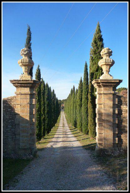 New Villa Entrance Door Tuscany Italy 25 Ideas Design Patio, Design Exterior, Garden Design, Driveway Design, Italian Garden, Italian Villa, Parks, Tuscan Design, Tuscan Style