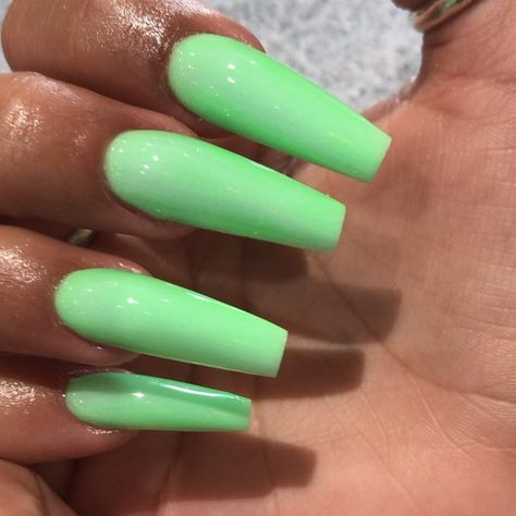 """T&T Nails And Spa on Instagram: """"❤️❤️T & T nails and spa 4504 hwy6 sugarland tx 77478 Phone number 2814944384 or 7135052557 we closed Monday 😊👉👉 open Tuesday-Saturday…"""""""