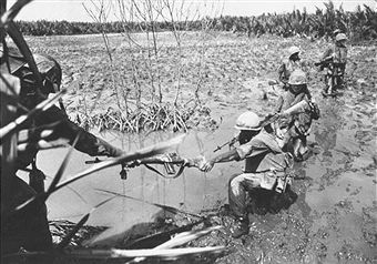 Marines searching for VC in the Delta. Ehaf
