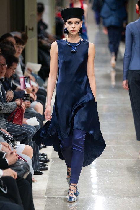 Giorgio Armani Resort 2020 Fashion Show - Vogue